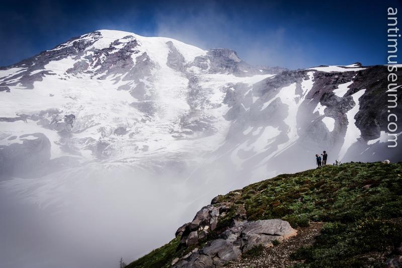 edge-mountain-mount-rainier-photo-challenge